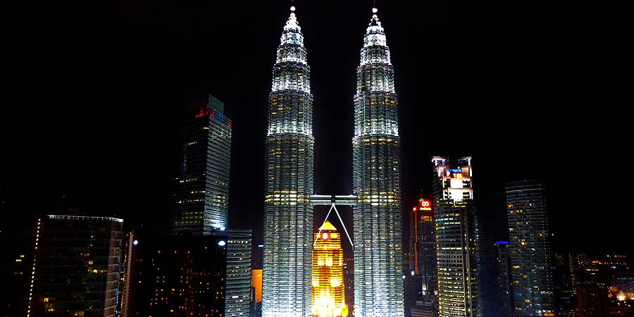 petronas towers at night kuala lumpur kl must see places in malaysia