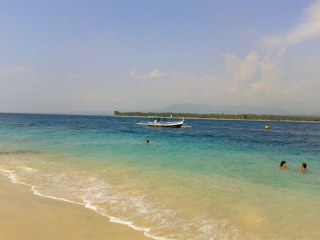 Images of the beach at Gili Air island