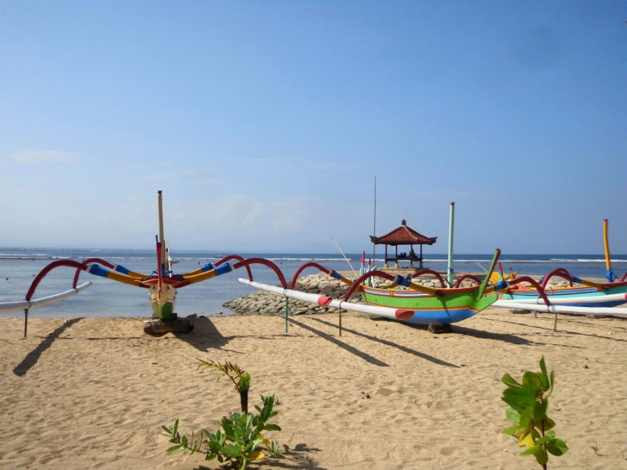 Image of jukung fishing boats on Sanur beach